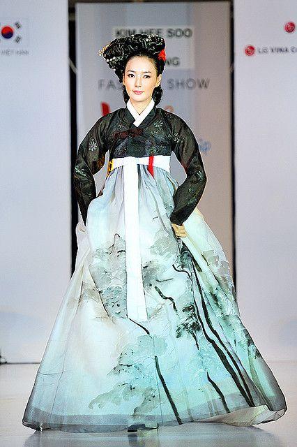 Miss Korea in Hanbok   Flickr - Photo Sharing!
