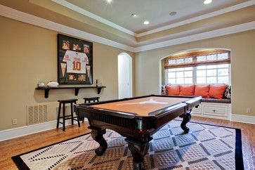 Traditional Home Den In Basement Design Ideas, Pictures, Remodel, and Decor - page 45