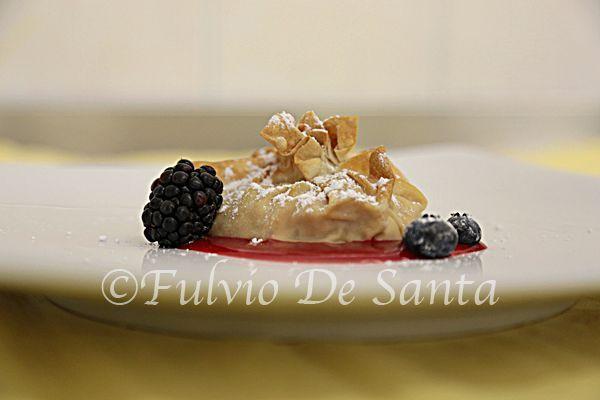Strudel all'albicocca. http://fulviodesanta.altervista.org/le-mie-ricette/dessert#strudelalbicocca