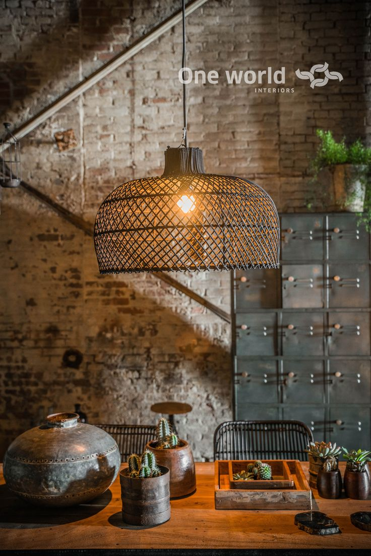 One World Interiors - Maze lamp black - Picture: Paulina Arcklin