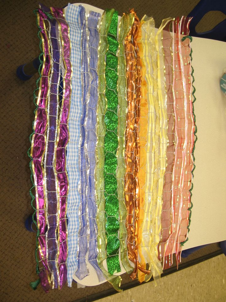 Paper Plate Weaving Project For Kids besides Quack Thumb in addition Img in addition Dsc further X. on preschool weaving