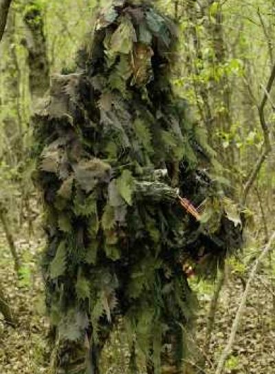 Surviving In Style - Bush Rag Chameleon Ghillie Suit, £88.57 (http://www.survivingnstyle.com/featured-products/bush-rag-chameleon-ghillie-suit/)