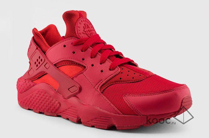 Женские кроссовки Nike Air Huarache red