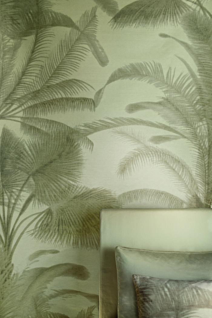Honolulu - This painterly palm tree pattern is digitally printed onto structured linen. Available in 2 color ways.