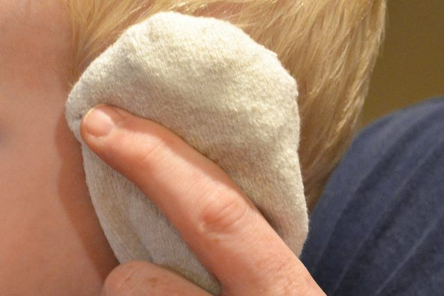 Natural Ways to Get Rid of Ear Fluid in a Baby