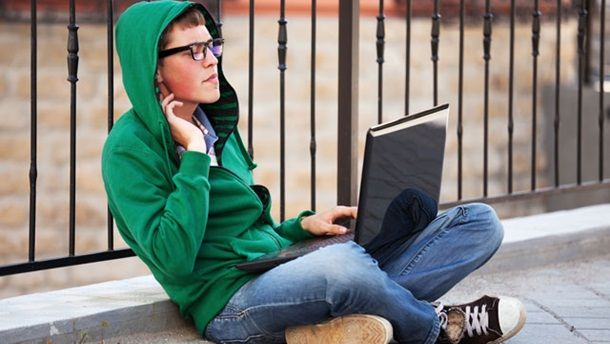 The article published on the ACMA website provides a research snapshot of Australian teenagers usage of the internet from 2013-2014. The article explores the different modes of technology used by teens, the ability to connect anywhere, hours of internet and social media usage as well as the increasing use of apps.