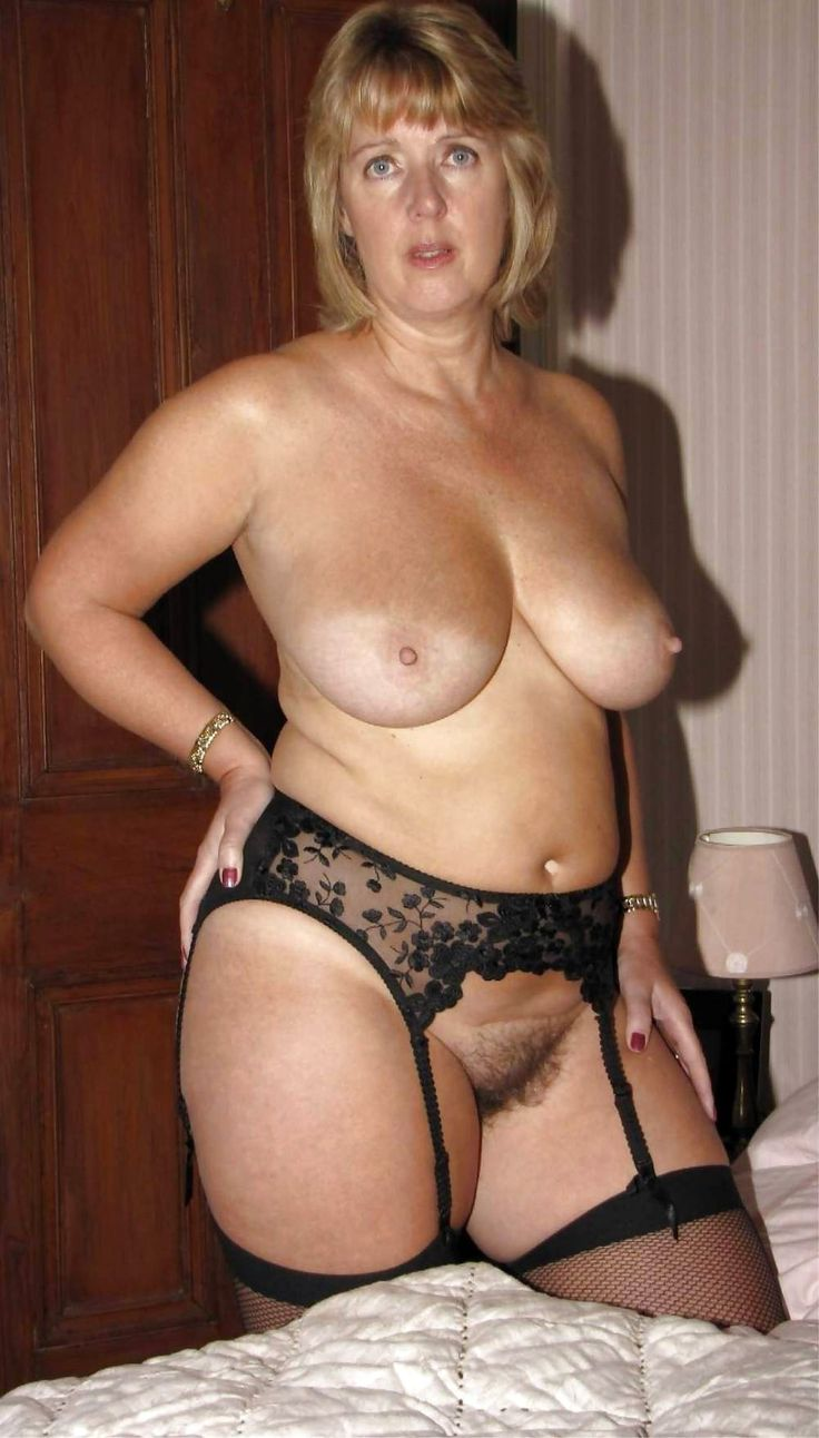 curvy beautiful older women naked