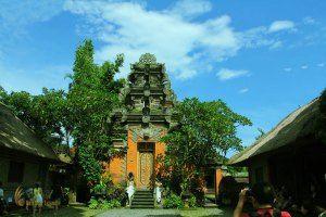 ubud palace/puri saren, legong dance