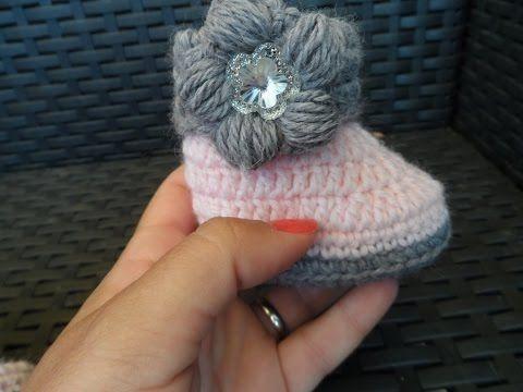 Tutorial: stivaletto neonata all'uncinetto - YouTube
