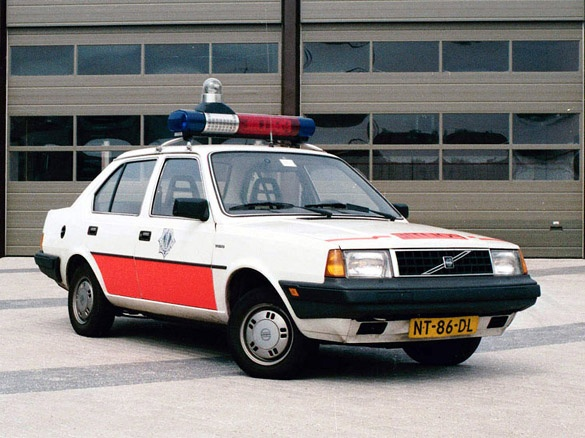 Volvo 340 saloon police car from the Netherland...not from america...