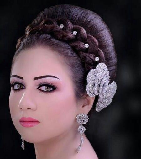 bridal makeup hair style 17 best images about hairstyles on arabian 5234 | 20ad50c3f595c61eb20d2c13fe17d258