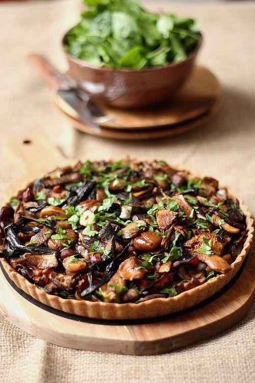 Recette d'automne : Une tarte aux champignons, marrons et noisettes !