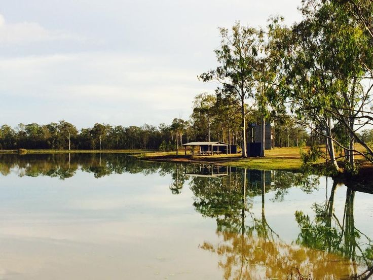 Early morning views of the Lake McLean.  Very tranquil and relaxing if going about your morning exercise or jogging.