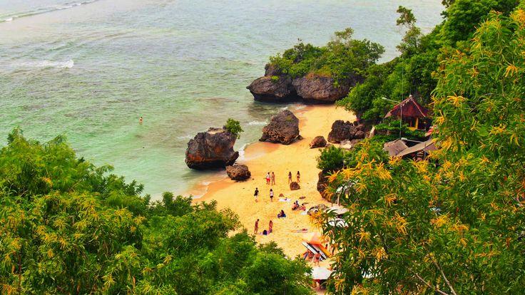 Padang Padang Beach, Bali  – *wagamama travel*