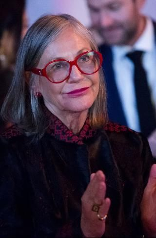 #16 Alice Walton Follow (571) Real Time Net Worth As of 3/28/16 $33.1 Billion Chairman, Crystal Bridges Museum of American Art Age	66 Source Of Wealth	Wal-Mart Self-Made Score	1 Residence	Fort Worth, TX Citizenship	United States Marital Status	Divorced Education	Bachelor of Arts / Science, Trinity University Alice Walton on Forbes Lists #16 Billionaires (2016) #12 in United States #11 in 2015 The Richest Person In America's 50 Largest Cities (2016) #12 Forbes 400 (2015)
