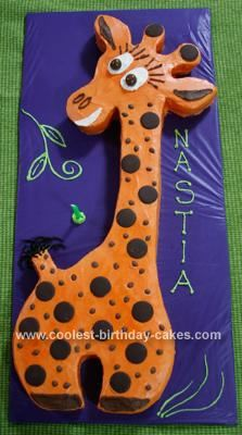 Homemade Giraffe Birthday Cake: This Giraffe Birthday Cake was for a friend's little girl. It may not look it on the photo, but this was really a tall horse, more than a meter in length.