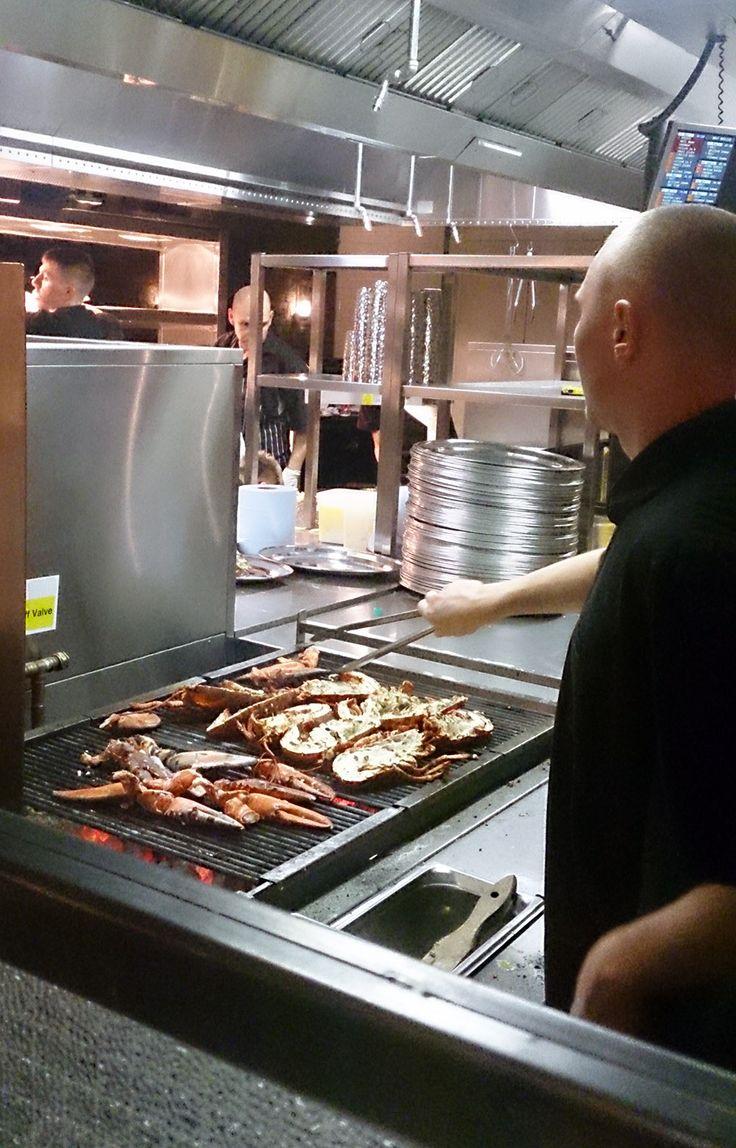 Bbq restaurant kitchen layout - T