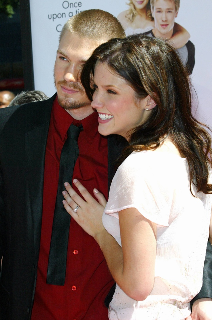 Sophia Bush (from Chad Michael Murray) | Celebrity ... Hilarie Burton Wedding Ring