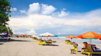 Balinese Travel: Seminyak Beach - Beautiful White Sandy Beach