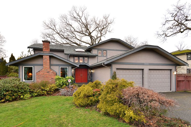 FORSALE:Welcome to your Dream Home on 3140 Wessex Close. With 4 bedrooms and 3 baths this modern home welcomes you!