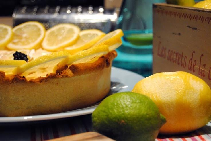 ΑΠΙΘΑΝΗ ΛΕΜΟΝΟΠΙΤΑ ΜΕ ΜΑΡΕΓΚΑ!: Ego, Food, Lemon Meringue Pies, A, Carrots Photography, Donkeys, Glykeia Mou, Cool Stuff, Tarta Lemoniou
