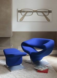 Ribbon Chair by Pierre Paulin for Artifort. Shown in Kvadrat Tonus 631. Available at MorlenSinoway.com