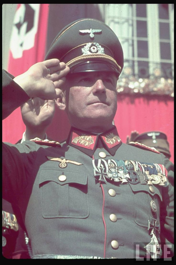 Heldengedenktag. Walther von Brauchitsch on Reichs Veterans Day in Kassel, Germany, 4 June 1939. German Army Salute