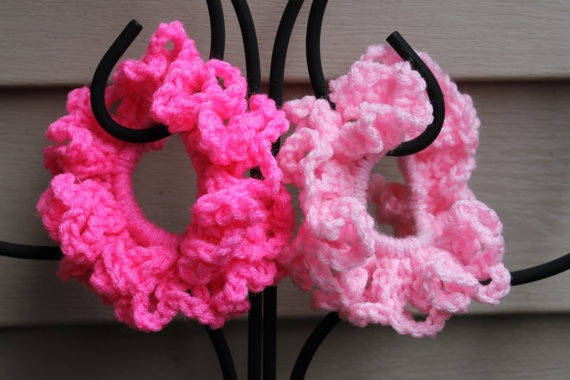Shades of Pink Scrunchies Set of 2 by AMedleyofJen on Etsy, $6.25
