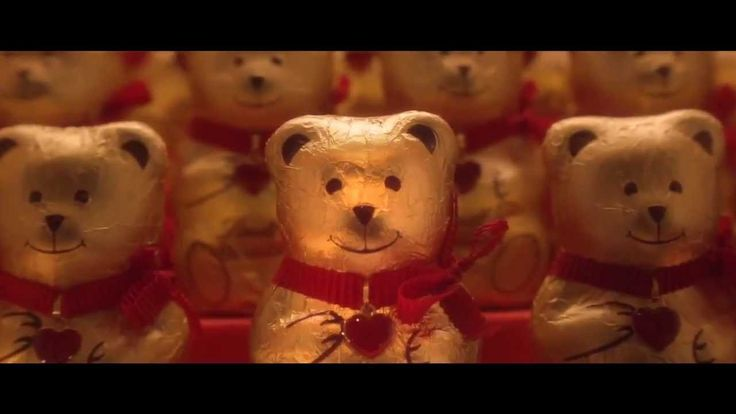 #Sweet #video #spot for #Lindt - #christmas #xmas #bear #child #tender #chocolate