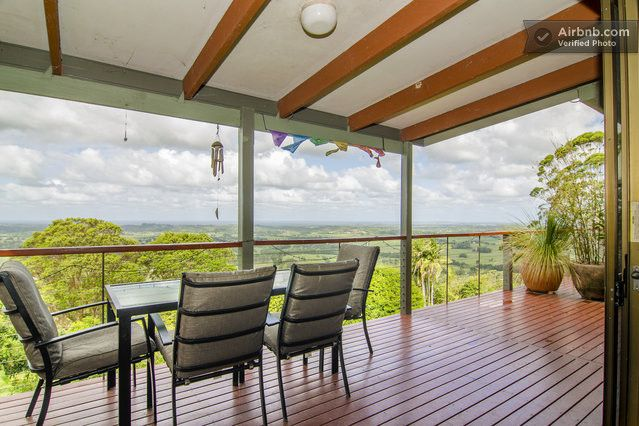 FEATHERVIEW Best View Farm Stay in Montecollum