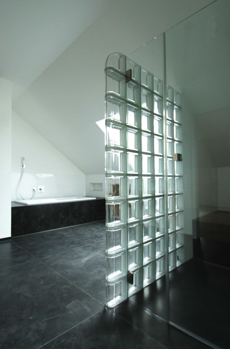 die besten 20 glasbausteine dusche ideen auf pinterest saubere duschfliesen saubere. Black Bedroom Furniture Sets. Home Design Ideas