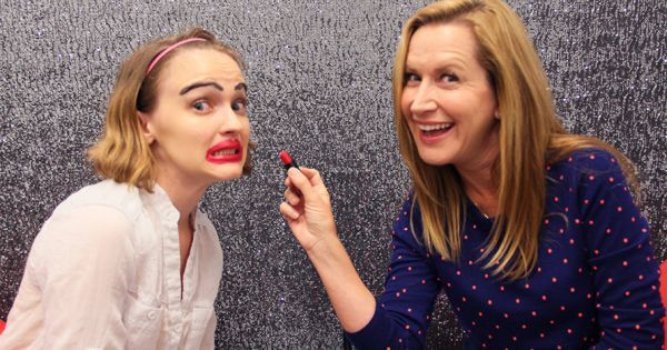 Learn about I Got a YouTube-Inspired Makeover From The Office Star Angela Kinsey http://ift.tt/2zoCZwO on www.Service.fit - Specialised Service Consultants.