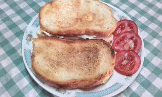 Retete cu margareta cismasiu: Sandwich-uri  cu oua ochiuri