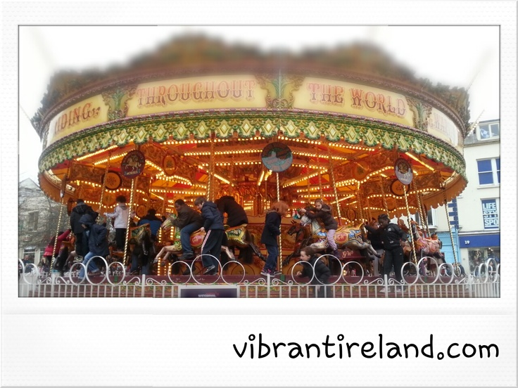Winterval in Waterford- do go in 2013!    Vibrant Ireland!: Christmas Twinkle
