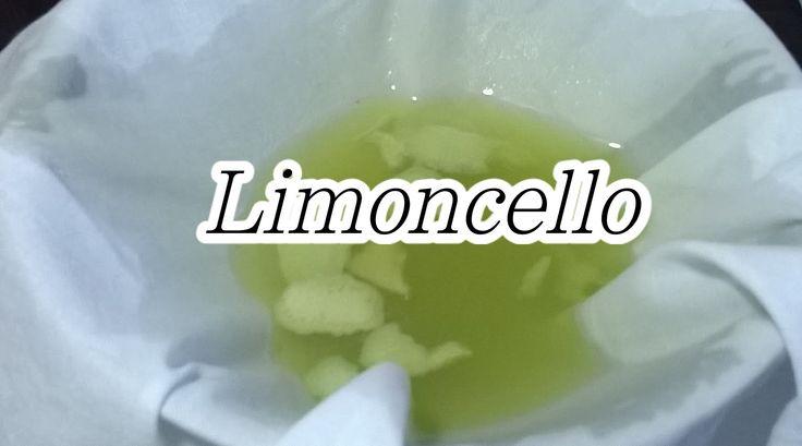 Cocktail - Limoncello    Youtube:  https://www.youtube.com/watch?v=PLWjZLYUX8M  Blog: http://cucinaioete.blogspot.it/2016/04/limoncello.html  #limoncello #fatto in casa con questo video #youtube