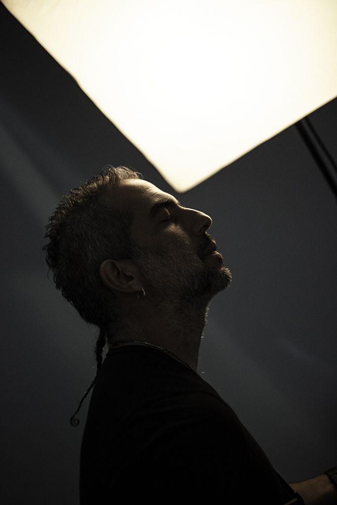 Tony, guitarrista de Juanes, Cliente: fotógrafo de artistas Alex Gomez.