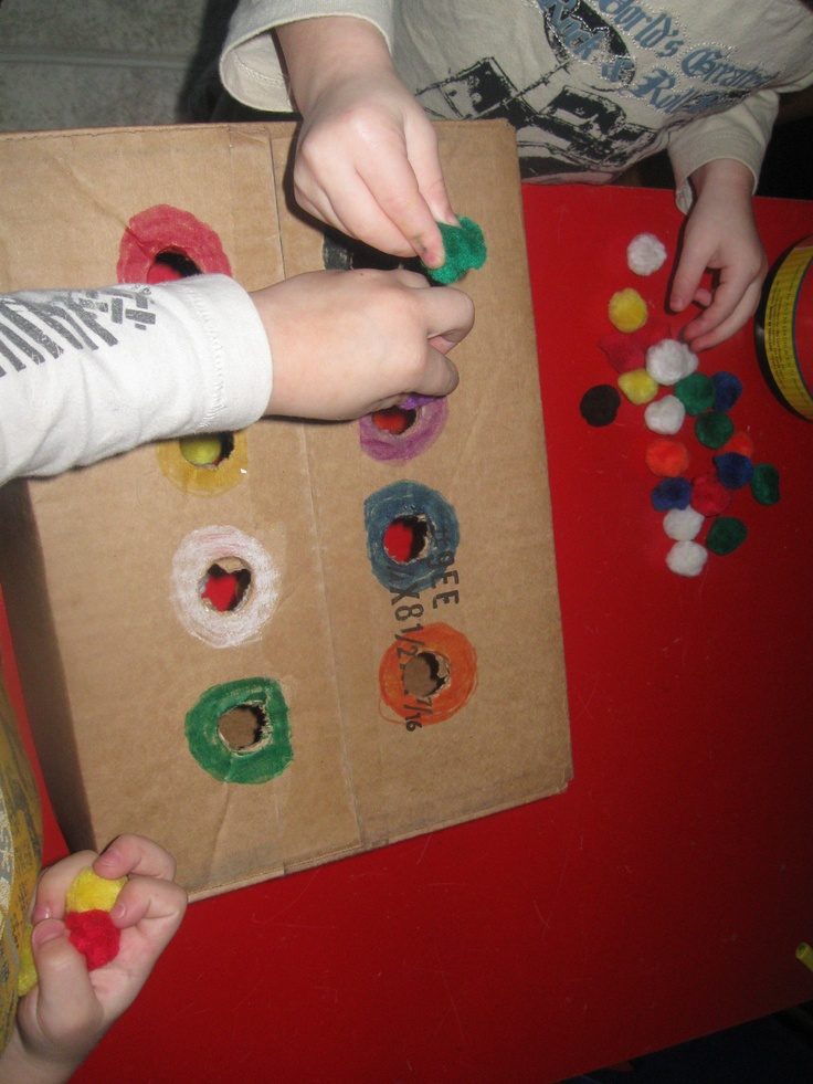 color sorting with pom poms