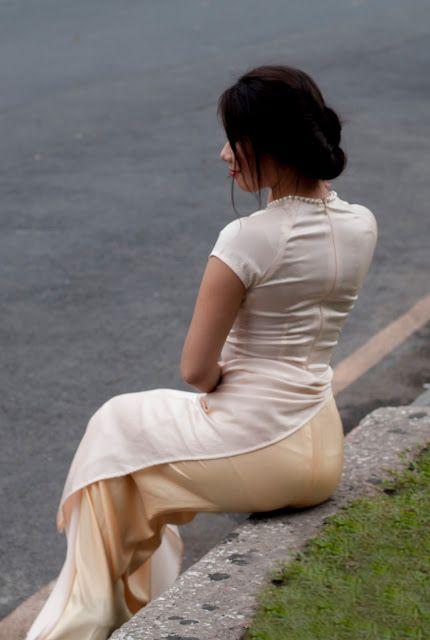 áo dài trắng siêu mỏng gợi cảm