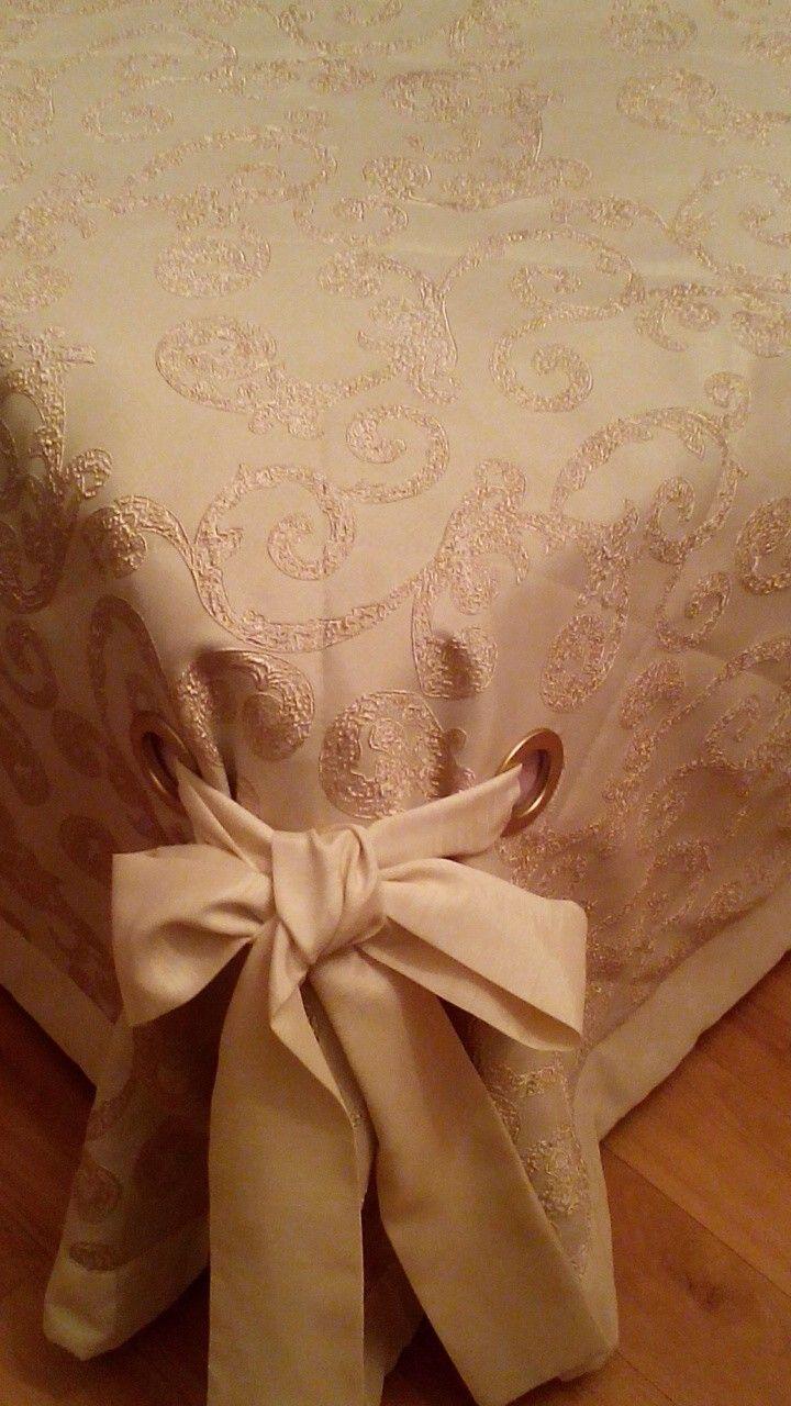 Украшение покрывала:люверсы декоративные с бантами)