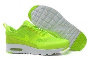 2015 migliori scarpe da ginnastica nike donne air max thea fluorescente verde/bianche online scontate del 50%