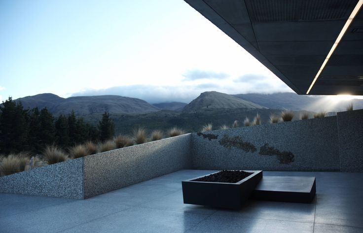 Hills Clubhouse by Patterson Architects