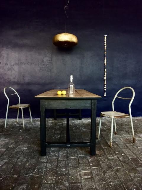 Die besten 25 dunkelblaue k chen ideen auf pinterest dunkelblau farbe dunkelblaues - Dunkelblaue wand ...