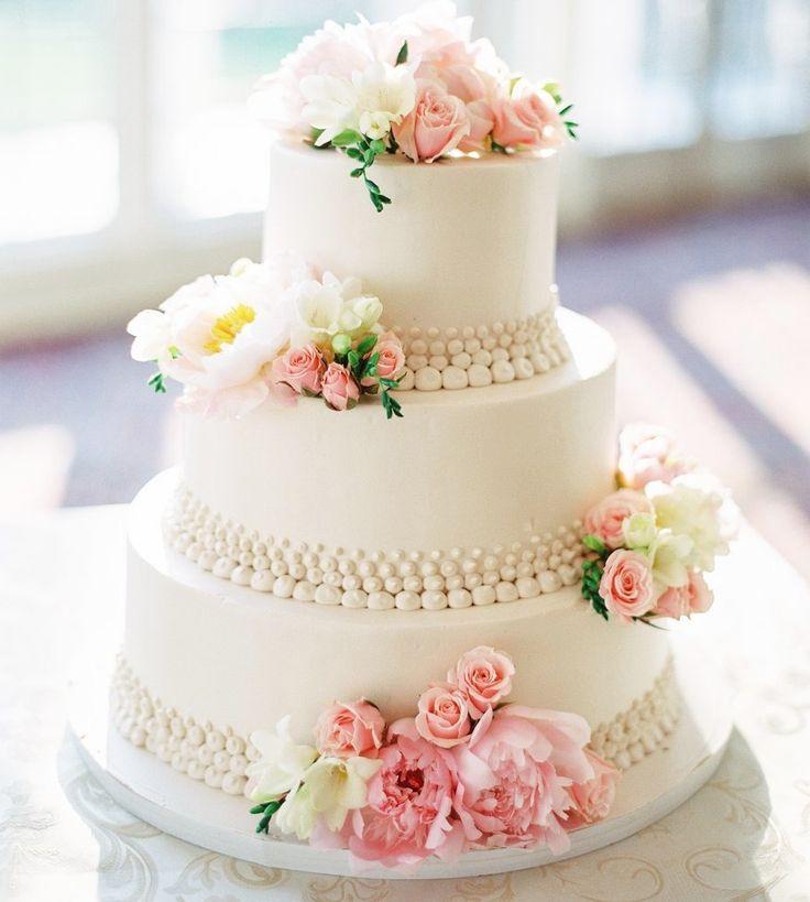 Photo: AhmetZe; Wedding Cake: Palermo's Bakery; Feast Your Eyes on These 36 Amazing Wedding Cakes. To see more: http://www.modwedding.com/2014/03/27/36-amazing-wedding-cakes/  #wedding #weddings #cake #reception