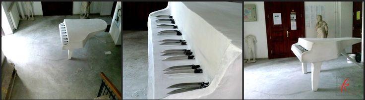 #Piano #knives #sculpture #Installation #Art #contemporaryart #sketches  Ready made #exhibition