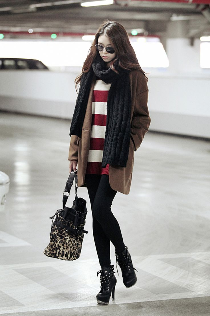 Street style clothing online