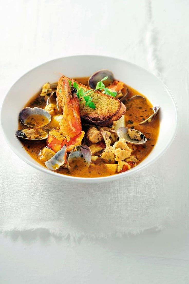 """Het lekkerste recept voor """"Brodetto of traditionele vissoep uit Ancona"""" vind je bij njam! Ontdek nu meer dan duizenden smakelijke njam!-recepten voor alledaags kookplezier!"""