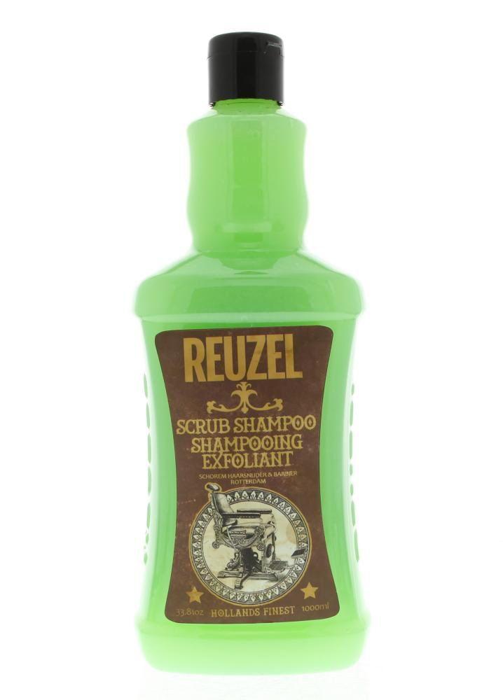 Reuzel Scrub Shampoo Alle Haartypen 1000ml  Reuzel Scrub Shampoo. Deze shampoo heeft de unieke combinatie van een reiniging en scrub met een tonic mix van toverhazelaar brandnetel rozemarijn en akkerpaardenstaart. De shampoo reinigt het haar grondig en verzorgt de hoofdhuid. Deze shampoo kan perfect gebruikt worden om zware stylingsproducten uit het haar te wassen. Verwijdert vuil verontreinigende stoffen chloor talg en andere resten uit het haar. Gebruik: Aanbrengen op nat haar. Inmasseren…