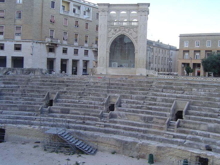 Roman Anphitheatre of Lecce http://www.pugliaandculture.com/touristic-places-in-puglia/lecce-the-baroque-town