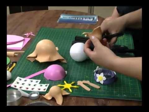 aqui los moldes del video    http://moldesdeevatrocas.blogspot.com.es/2012/07/boneca-com-molde-e-passo-passo.html