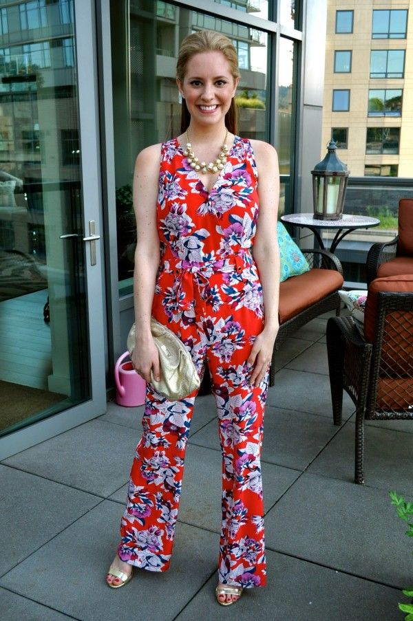 Dressy #jumpsuit: good alternative to a dress for a wedding guest outfit. So comfy and easy to dance in!